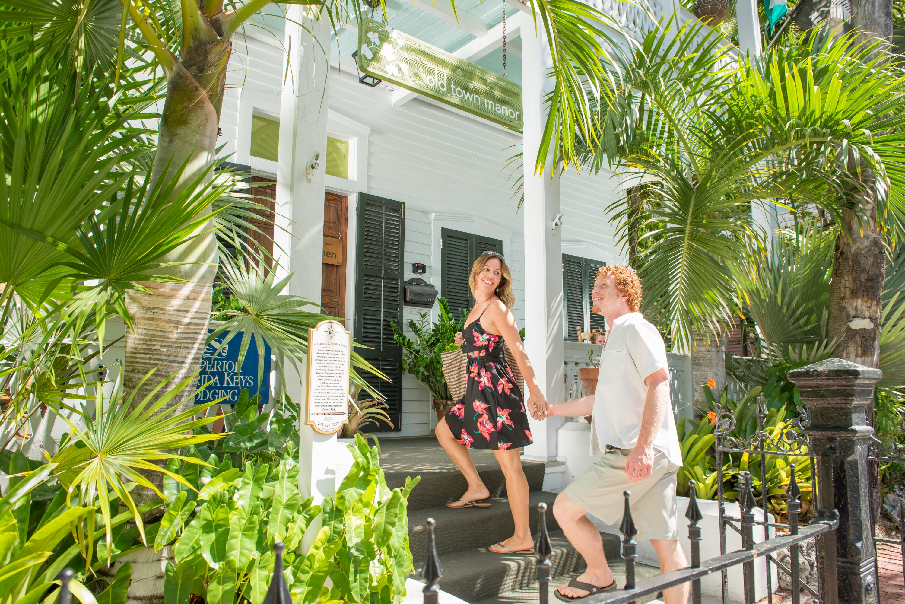 Hotel Near Duval Street Paddle Boarding In Key West