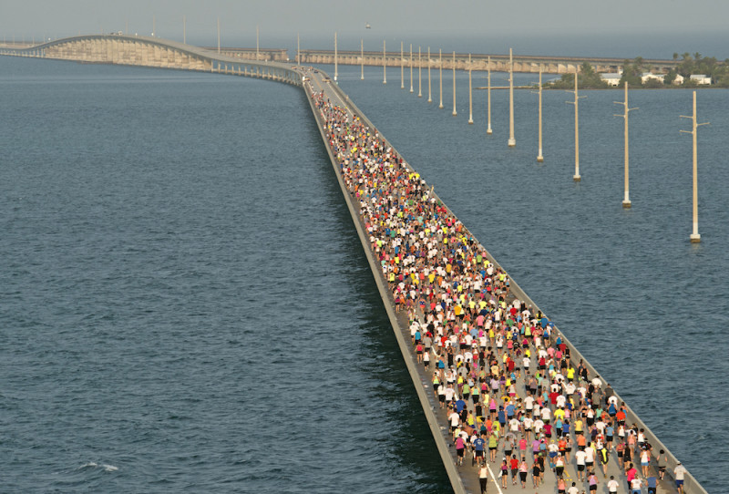 spring races: 7 mile bridge run